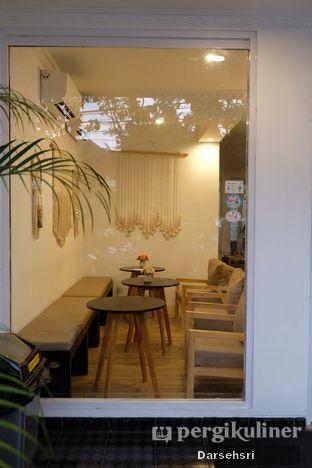 Foto 8 - Interior di Mala Coffee oleh Darsehsri Handayani