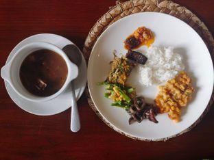 Foto 14 - Makanan di Rarampa oleh Astrid Huang | @biteandbrew