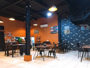 Foto 8 - Interior di Pesona Resto & Cafe oleh yudistira ishak abrar