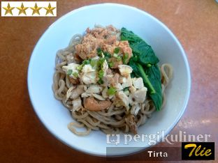 Foto 2 - Makanan di Mie Kangkung Jimmy oleh Tirta Lie