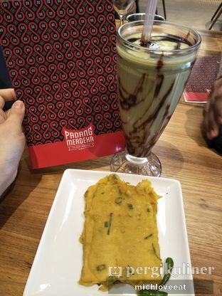 Foto 4 - Makanan di Padang Merdeka oleh Mich Love Eat