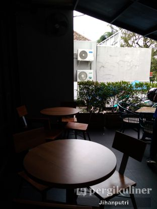 Foto 4 - Interior di Lula Bakery & Coffee oleh Jihan Rahayu Putri