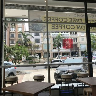 Foto 5 - Interior di Huang Noodle Bar oleh @fridoo_