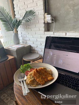 Foto Makanan di Ruang Temu Coffee & Eatery