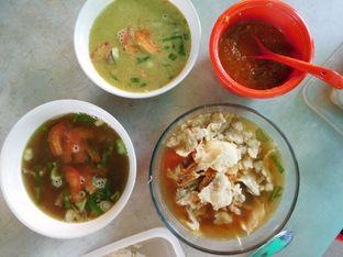Foto 1 - Makanan(Soto daging santen) di Goyang Lidah oleh Angelina wj