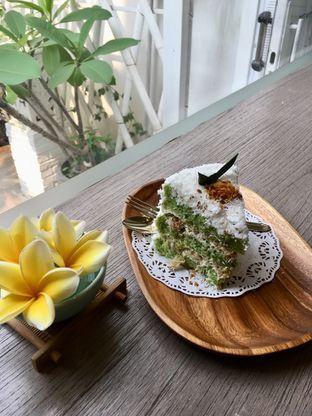 Foto review The Pink Door Tea Room oleh Prido ZH 30