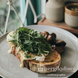 Foto 1 - Makanan(Eggs Benedict) di 1/15 One Fifteenth Coffee oleh Celine Yosephine --- IG : @stupidlyfull