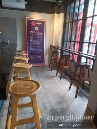 Foto 8 - Interior di Dopamine Coffee & Tea oleh Gregorius Bayu Aji Wibisono