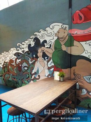 Foto 2 - Interior di Babi Tjoy oleh Inge Inge