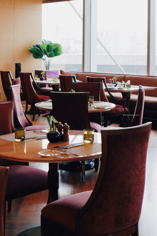 Foto 22 - Interior di Arts Cafe - Raffles Jakarta Hotel oleh Indra Mulia