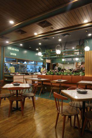 Foto 6 - Interior di Pizza Maru oleh @kenyangbegox (vionna)