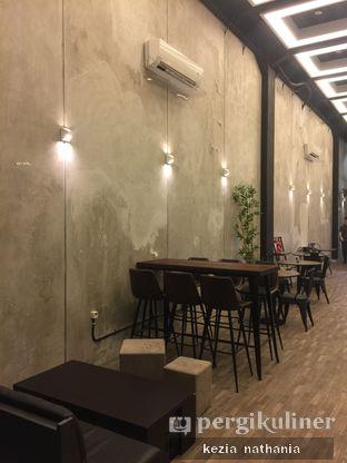 Foto 7 - Interior di Fe Cafe oleh Kezia Nathania