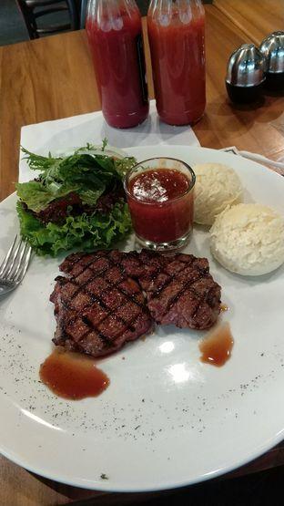 Foto 1 - Makanan(Local tenderloin steak) di Justus Steakhouse oleh Rizka amalia