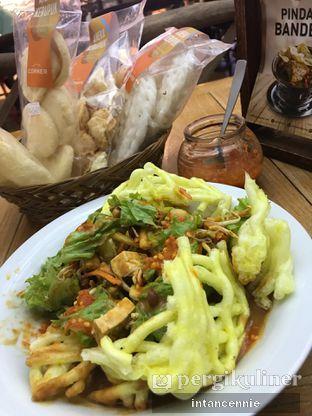 Foto 8 - Makanan di Kafe Betawi oleh bataLKurus