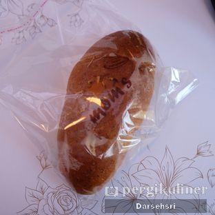 Foto 2 - Makanan di Mom's Artisan Bakery oleh Darsehsri Handayani
