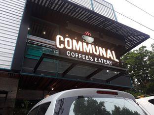 Foto 7 - Eksterior di Communal Coffee & Eatery oleh Nisanis