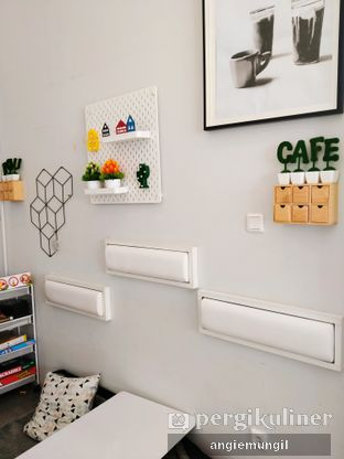 Foto 4 - Interior di Koju Cafe oleh Angie  Katarina
