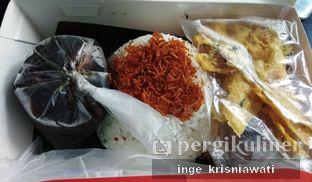 Foto 1 - Makanan di Nasi Cumi Hitam Madura Pak Kris oleh Inge Inge