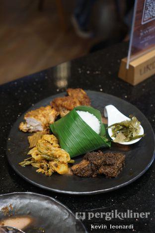 Foto 2 - Makanan di Mandeh Restoran Padang - Hotel JHL Solitaire oleh Kevin Leonardi @makancengli
