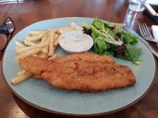 Foto - Makanan(Fish and chips) di Hi, Brew! Coffee & Eatery oleh AlvinRenaldy19