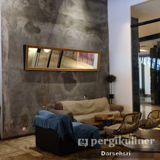 Foto 9 - Interior di Crematology Coffee Roasters oleh Darsehsri Handayani