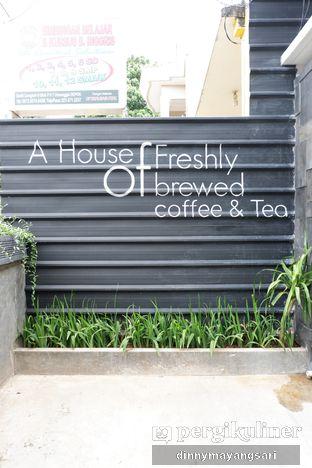 Foto 3 - Eksterior di Hidden Haus Coffee & Tea oleh dinny mayangsari