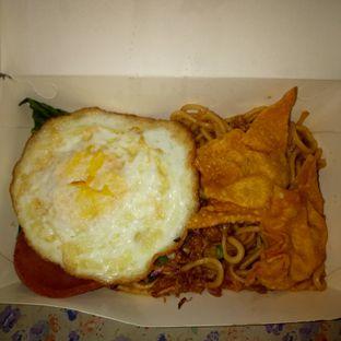 Foto 2 - Makanan(sanitize(image.caption)) di Mie & Nasi Astaganaga oleh Afifah Romadhiani