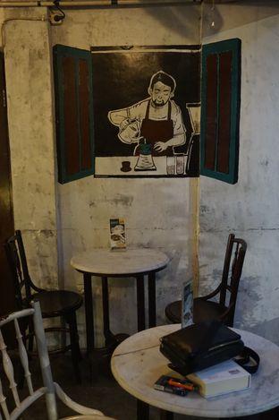 Foto 6 - Interior di Mokapot Coffee Talk oleh yudistira ishak abrar
