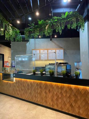 Foto 6 - Interior di Monsoon Cafe oleh feedthecat