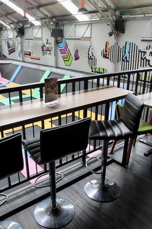 Foto 2 - Interior di Bounce Cafe oleh Prido ZH
