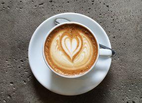 7 Coffee Shop di Jakarta dengan Flat White Terenak