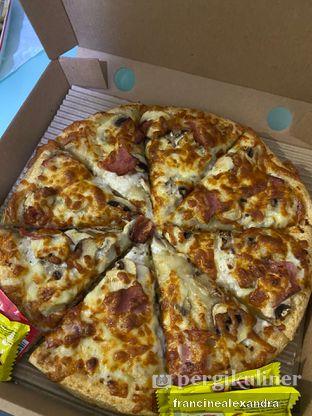Foto review Pizza Mezzo oleh Francine Alexandra 4