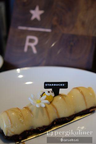 Foto 10 - Makanan di Starbucks Reserve oleh Darsehsri Handayani