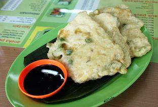 Foto 6 - Makanan(Tempe Mendoan) di Nasi Pecel Mbak Ira oleh Wisnu Narendratama