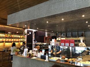 Foto 5 - Interior di Nitro Coffee oleh @eatfoodtravel