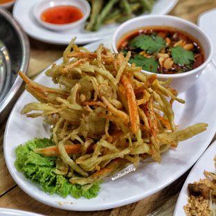 Foto 9 - Makanan di Bolan Thai Street Kitchen oleh Stellachubby