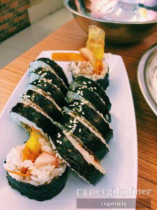 Foto 2 - Makanan(gimbap) di Tteokbokki Queen oleh @supeririy