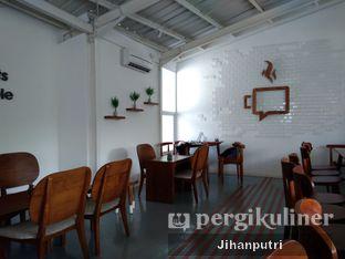 Foto 3 - Interior di Diskus Cafe & Bites oleh Jihan Rahayu Putri