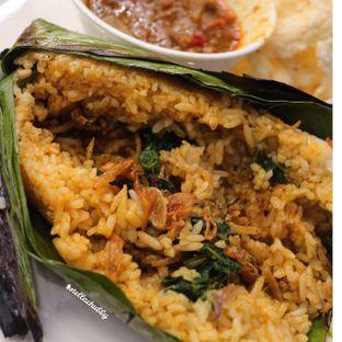Foto 3 - Makanan(Nasi daun asap lidah) di Chop Buntut Cak Yo oleh Stellachubby