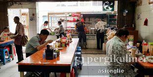 Foto 8 - Interior di Bubur Ayam Tangki 18 Aguan oleh Asiong Lie @makanajadah