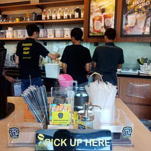 Foto 4 - Interior(Lantai bawah) di Papercup Coffee oleh Fensi Safan
