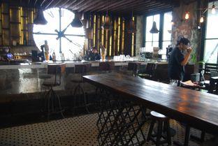 Foto 8 - Interior di H Gourmet & Vibes oleh ngunyah berdua