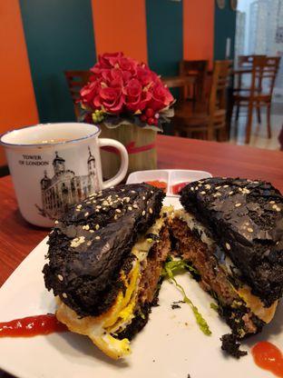 Foto 3 - Makanan di D'Pedas oleh Andry Tse (@maemteruz)