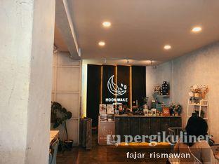 Foto 4 - Interior di Moonwake Coffee oleh Fajar | @tuanngopi