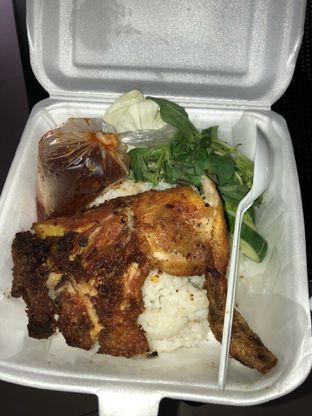 Foto 1 - Makanan di Ayam Goreng Karawaci oleh Mitha Komala