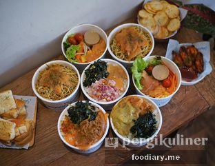 Foto 1 - Makanan di Lox Smoked Salmon oleh @foodiaryme | Khey & Farhan