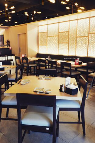 Foto 24 - Interior di Sushi Matsu oleh Indra Mulia