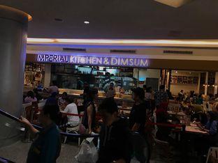 Foto 6 - Interior di Imperial Kitchen & Dimsum oleh Makan2 TV Food & Travel