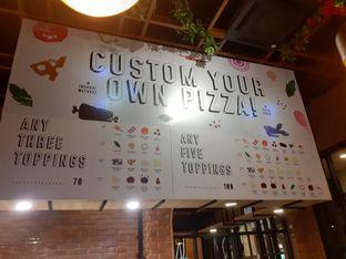 Foto 5 - Interior di Pizzapedia oleh Threesiana Dheriyani