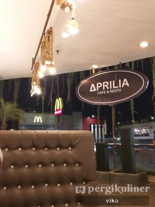 Foto review Aprilia Cafe & Resto oleh raafika nurf 2
